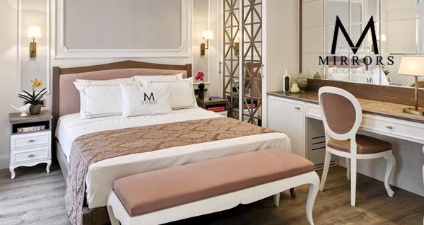 Beyoğlu Mirrors Hotel'in farklı oda tiplerinde çift kişilik 1 gece konaklama seçenekleri 219 TL'den başlayan fiyatlarla! Fırsatın geçerlilik tarihi için, DETAYLAR bölümünü inceleyiniz.