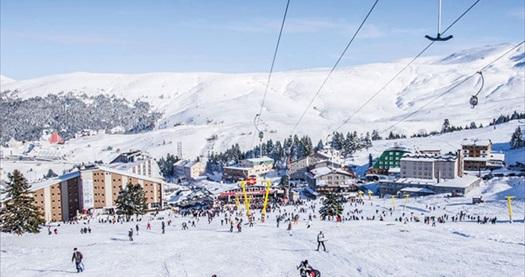 """""""PenguenTepe"""" ile hafta sonları Uludağ'da günübirlik kayak turu 79 TL'den başlayan fiyatlarla! Tur kalkış tarihleri için, DETAYLAR bölümünü inceleyiniz."""