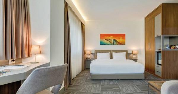 Bostancı Plus Hotel'de çift kişilik 1 gece konaklama seçenekleri 235 TL'den başlayan fiyatlarla! Fırsatın geçerlilik tarihi için DETAYLAR bölümünü inceleyiniz.