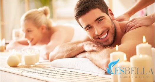 Esbella Beauty & Wellness'ta 50 dakika masaj uygulaması 49 TL'den başlayan fiyatlarla! Fırsatın geçerlilik tarihi için DETAYLAR bölümünü inceleyiniz. Masaj uygulaması 50 dakika sürmektedir. Esbella Beauty & Wellness haftanın her günü 12.00-23.00 saatleri arasında hizmet vermektedir.