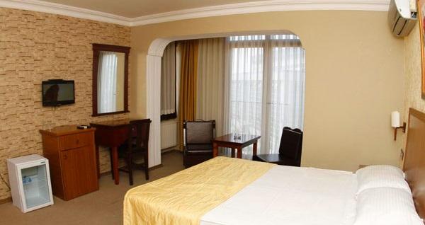 Muhteşem deniz manzarasına nazır Pendik Sahil Butik Hotel'de çift kişilik 1 gece konaklama seçenekleri 179 TL'den başlayan fiyatlarla! Fırsatın geçerlilik tarihi için, DETAYLAR bölümünü inceleyiniz.