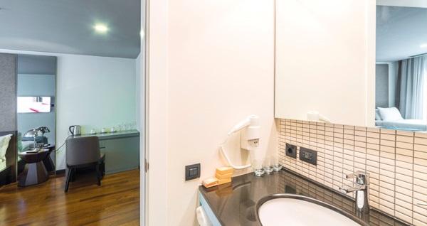 Terrace Suites İstanbul'un farklı odalarında çift kişilik 1 gece konaklama seçenekleri 159 TL'den başlayan fiyatlarla! Fırsatın geçerlilik tarihi için DETAYLAR bölümünü inceleyiniz.
