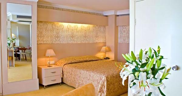 """Elite Hotel Küçükyalı'da çift kişilik 1 gece konaklama seçenekleri 177 TL'den başlayan fiyatlarla! Tarih ve konum seçimi yapmak için """"Hemen Al"""" butonuna tıklayınız."""