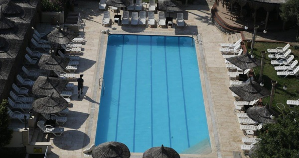 Saklı Bahçe Tuzla'da yazın keyfini çıkaracağınız havuz giriş paketleri 59 TL'den başlayan fiyatlarla! Fırsatın geçerlilik tarihi için DETAYLAR bölümünü inceleyiniz.