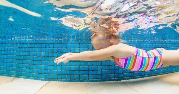 Olimpik Spor Yüzme Kulübü'nde 1 seanslık çocuk veya yetişkin yüzme eğitimi 25 TL'den başlayan fiyatlarla! Fırsatın geçerlilik tarihi için DETAYLAR bölümünü inceleyiniz.
