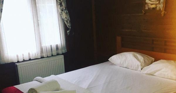 İstanbul'un yemyeşil komşusu Yalova Termal Green Garden'ın jakuzili bungalov odalarında Bayramda da geçerli kahvaltı dahil çift kişilik 1 gece konaklama 299 TL'den başlayan fiyatlarla! Fırsatın geçerlilik tarihi için, DETAYLAR bölümünü inceleyiniz.