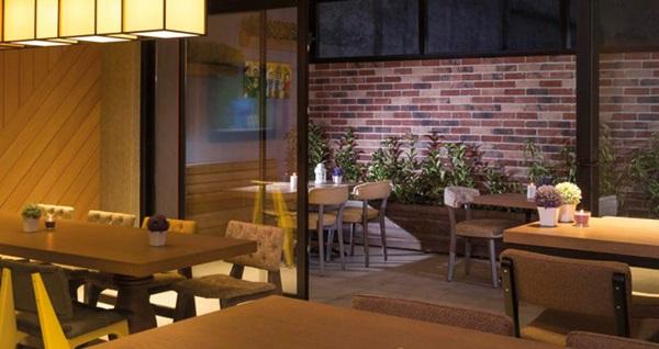 """İzmir'in """"yeni nesil oteli"""" Sun Suit Hotel'de kahvaltı dahil çift kişilik 1 gece konaklama 199 TL! Fırsatın geçerlilik tarihi için, DETAYLAR bölümünü inceleyiniz."""