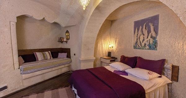 Mucizeler diyarı Kapadokya Öykü Evi Cave Hotel'de kahvaltı dahil çift kişilik 1 gece konaklama 229 TL'den başlayan fiyatlarla! Fırsatın geçerlilik tarihi için DETAYLAR bölümünü inceleyiniz.
