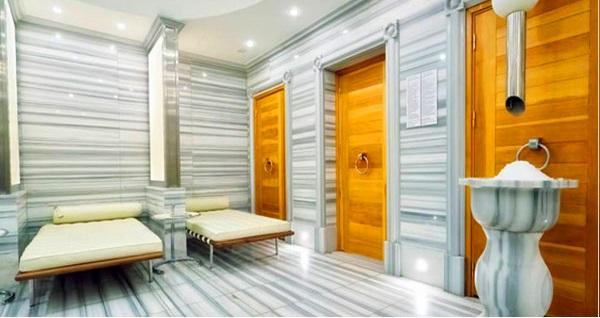 Renaissance İzmir Hotel Mayla Spa'da masaj seçenekleri 149 TL'den başlayan fiyatlarla! Fırsatın geçerlilik tarihi için DETAYLAR bölümünü inceleyiniz.