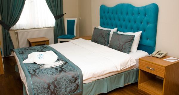 Zeytinburnu Panorama Hotel'de kahvaltı dahil tek veya çift kişilik 1 gece konaklama 189 TL! Fırsatın geçerlilik tarihi için DETAYLAR bölümünü inceleyiniz.