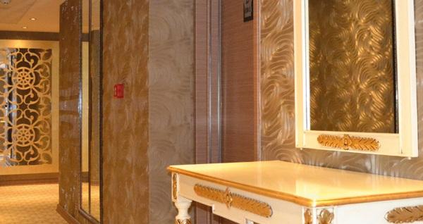 Adana'nın yeni merkezindeki konumu ile Edi's Premier Hotel'de kahvaltı dahil 1 gece konaklama seçenekleri 165 TL'den başlayan fiyatlarla! Fırsatın geçerlilik tarihi için, DETAYLAR bölümünü inceleyiniz.