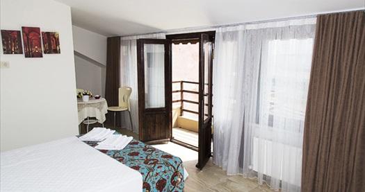 Sultanahmet Galley Hotel'de çift kişilik 1 gece konaklama seçenekleri 99 TL'den başlayan fiyatlarla! Fırsatın geçerlilik tarihi için, DETAYLAR bölümünü inceleyiniz.