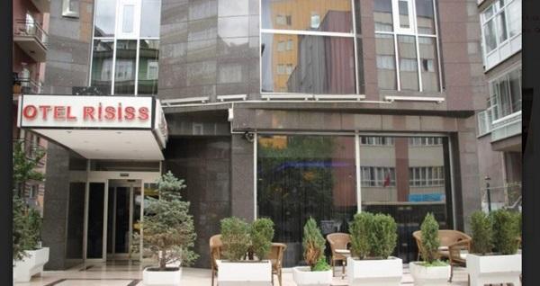 Çankaya Risiss Hotel'de açık büfe kahvaltı dahil 1 ya da 2 kişilik konaklama seçenekleri 115 TL'den başlayan fiyatlarla! Fırsatın geçerlilik tarihi için, DETAYLAR bölümünü inceleyiniz.