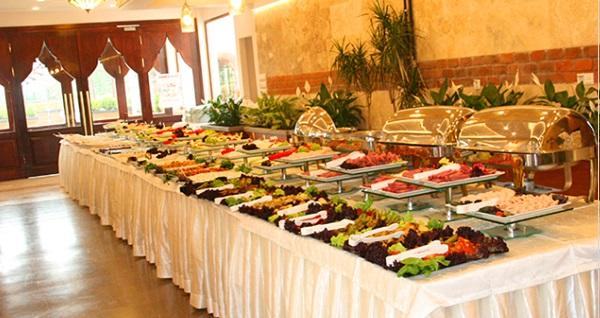 Kağıthane Urfa'dan Kebapçı'da 109 çeşitten oluşan açık büfe kahvaltı menüsü 42 TL yerine 24,90 TL! Fırsatın geçerlilik tarihi için DETAYLAR bölümünü inceleyiniz.