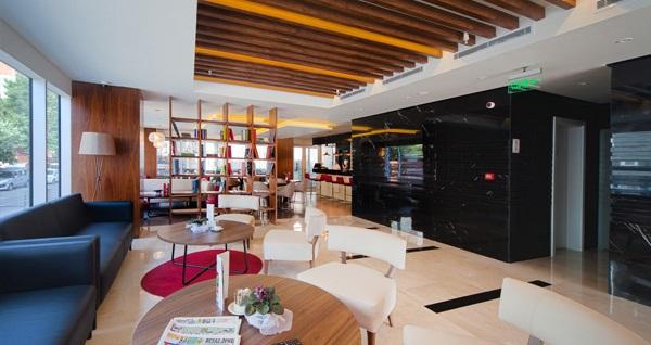 Ramazan Bayramı'nda da geçerli Ramada Encore By Wyndham İstanbul Kartal Otel'de çift kişilik 1 gece konaklama keyfi 169 TL! Fırsatın geçerlilik tarihi için DETAYLAR bölümünü inceleyiniz.