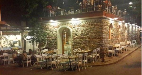 Kınalıada'nın Efsane Mekanı Taş Restaurant'ta içecek dahil balık menüleri 100 TL'den başlayan fiyatlarla! Fırsatın geçerlilik tarihi için DETAYLAR bölümünü inceleyiniz.