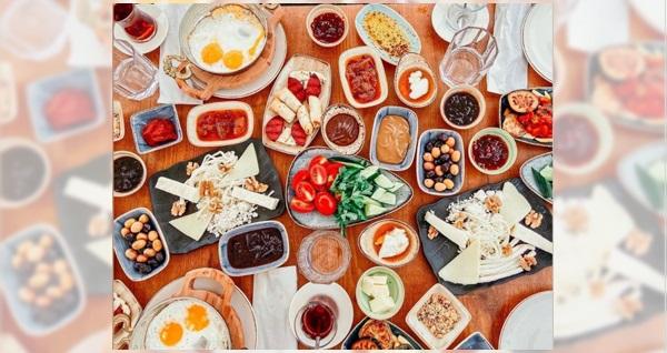Polonezköy Pamera Garden'da 32 çeşitten oluşan zengin kahvaltı menüsü 69 TL! Fırsatın geçerlilik tarihi için DETAYLAR bölümünü inceleyiniz.