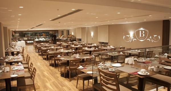 Yenibosna Bricks Airport Hotel'de muhteşem lezzetlerle dolu iftar menüsü 79 TL'den başlayan fiyatlarla! Bu fırsat 6 Mayıs - 3 Haziran 2019 tarihleri arasında, iftar saatinde geçerlidir.