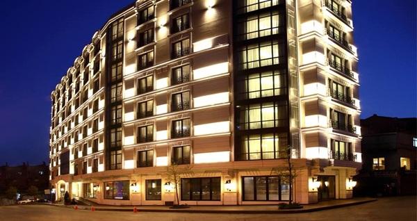 İstanbul Dora Otel Gold Spa Center'da masaj, ıslak alan kullanımı ve kese köpük 49 TL'den başlayan fiyatlarla! Fırsatın geçerlilik tarihi için DETAYLAR bölümünü inceleyiniz.