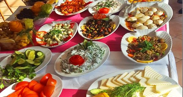 Bakırköy Taşhan Business & Airport Hotel'de açık büfe kahvaltı kişi başı 19,90 TL'den başlayan fiyatlarla! Fırsatın geçerlilik tarihi için DETAYLAR bölümünü inceleyiniz.