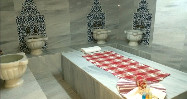 Şişli Lausos Palace Hotel & Initium Spa'da masaj seçenekleri ve spa kullanımı 59 TL'den başlayan fiyatlarla! Fırsatın geçerlilik tarihi için DETAYLAR bölümünü inceleyiniz. Haftanın her günü 11.00-22.00 saatleri arasında geçerlidir.
