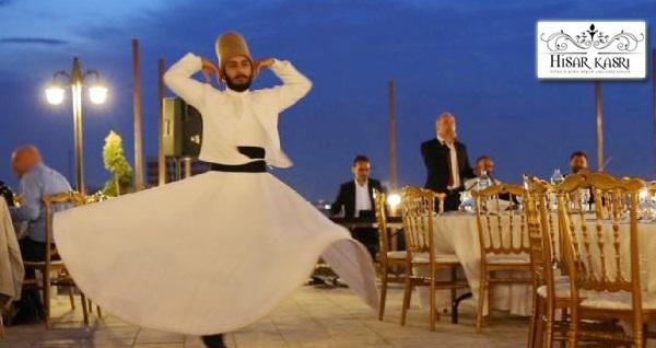 Altındağ Hisar Kasrı'nda şehir manzarası, şenlik ve müzik eşliğinde iftar menüleri kişi başı 59,90 TL! 6 Mayıs - 3 Haziran 2019 tarihleri arasında, iftar saatinde geçerlidir.