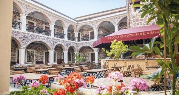 L'agora Old Town Hotel & Bazaar'da çift kişilik 1 gece konaklama seçenekleri 239 TL'den başlayan fiyatlarla! Fırsatın geçerlilik tarihi için, DETAYLAR bölümünü inceleyiniz.