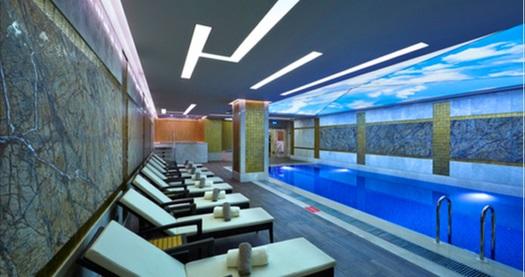 İstanbul Topkapı Mercure Hotel Reef Spa'da 50 dakika masaj, ıslak alan kullanımı ve ikram 89 TL'den başlayan fiyatlarla! Fırsatın geçerlilik tarihi için DETAYLAR bölümünü inceleyiniz.