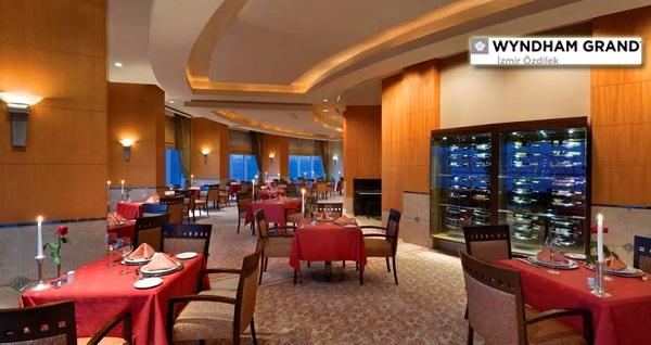 Wyndham Grand İzmir Özdilek Careme Restaurant'ta müthiş manzara ve canlı piyano eşliğinde akşam yemeği menüsü kişi başı 94,90 TL! Fırsatın geçerlilik tarihi için, DETAYLAR bölümünü inceleyiniz.
