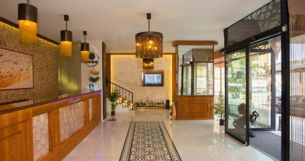 EMIRTIMES Otel Kadıköy'de kahvaltı dahil tek veya çift kişilik 1 gece konaklama seçenekleri 169 TL'den başlayan fiyatlarla! Fırsatın geçerlilik tarihi için, DETAYLAR bölümünü inceleyiniz.