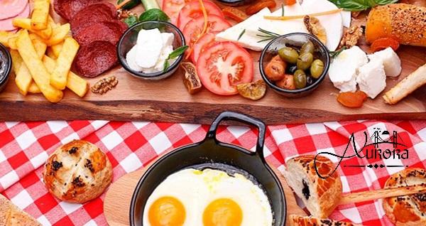 Symbola Bosphorus İstanbul Hotel Aurora Restaurant'ta serpme kahvaltı keyfi 49,90 TL! Fırsatın geçerlilik tarihi için DETAYLAR bölümünü inceleyiniz.
