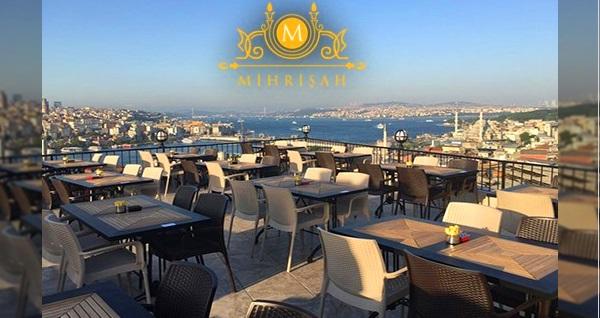 Mihrişah Cafe & Restaurant'ta deniz manzarasına nazır 2 kişilik serpme kahvaltı 62 TL! Fırsatın geçerlilik tarihi için DETAYLAR bölümünü inceleyiniz.