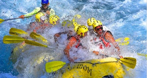 Poseidon Rafting'te açık büfe öğle yemeği dahil rafting ve cabrio safari eşliğinde doğanın kalbine yolculuk 79,90 TL'den başlayan fiyatlarla! Fırsatın geçerlilik tarihi için DETAYLAR bölümünü inceleyiniz.