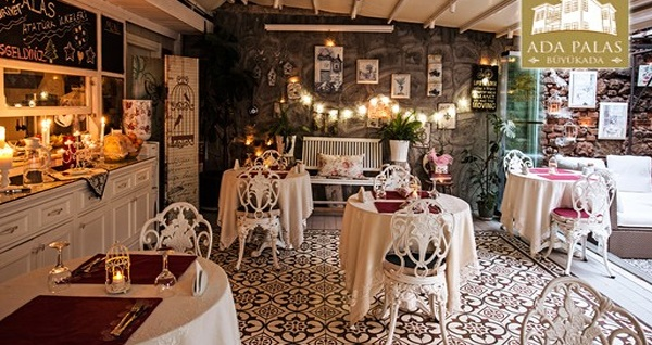 Büyükada Secret Garden Restaurant'ta yerli içecek eşliğinde çift kişilik romantik akşam yemeği 399 TL! Fırsatın geçerlilik tarihi için DETAYLAR bölümünü inceleyiniz.