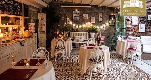 Büyükada Secret Garden Restaurant'ta yerli içecek eşliğinde çift kişilik romantik akşam yemeği 299 TL! Fırsatın geçerlilik tarihi için DETAYLAR bölümünü inceleyiniz.