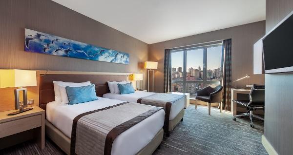 Park Dedeman Bostancı Hotel'de çift kişilik 1 gece konaklama 500 TL yerine 299 TL! Fırsatın geçerlilik tarihi için DETAYLAR bölümünü inceleyiniz.