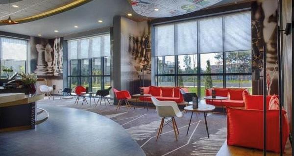 İbis İstanbul Tuzla Hotel'de çift kişilik 1 gece konaklama 249 TL'den başlayan fiyatlarla! Fırsatın geçerlilik tarihi için, DETAYLAR bölümünü inceleyiniz.