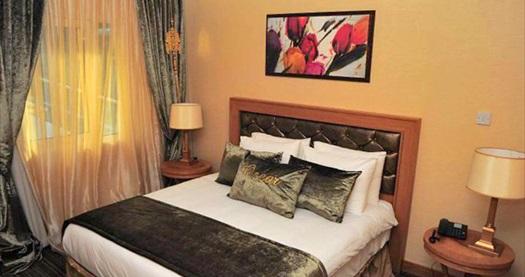 """4 yıldızlı Girne Oscar Resort Hotel'de Pegasus ile ULAŞIM DAHİL çift kişilik odada kişi başı YARIM PANSİYON konaklama 529 TL'den başlayan fiyatlarla! Fırsatın geçerlilik tarihi için, DETAYLAR bölümünü inceleyiniz. FARKLI FİYATLARDAKİ OPSİYONLAR İÇİN """"HEMEN AL""""A TIKLAYIN."""