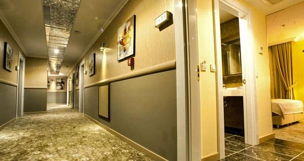 Beylikdüzü Comfort Hotel'de açık büfe kahvaltı dahil çift kişilik 1 gece konaklama 159 TL! Fırsatın geçerlilik tarihi için DETAYLAR bölümünü inceleyiniz.