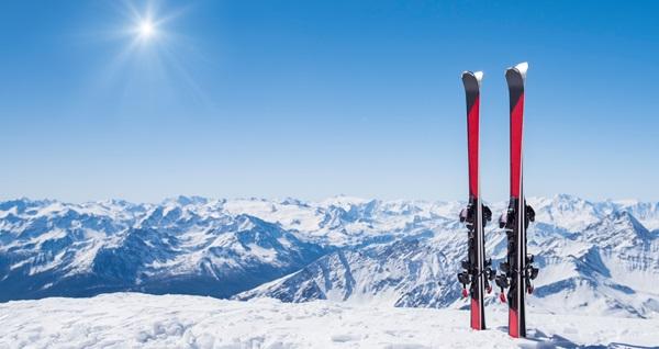 4 ve 5 yıldızlı otellerde 2 gece YP konaklamalı Uludağ kayak turu kişi başı