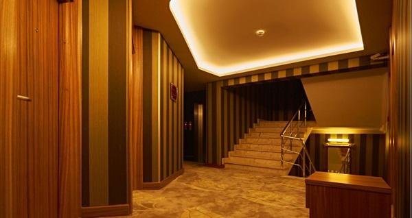İlkbal Deluxe Hotel'de ıslak alan kullanımı dahil masaj ve kese köpük uygulamaları 79 TL'den başlayan fiyatlarla! Fırsatın geçerlilik tarihi için DETAYLAR bölümünü inceleyiniz.