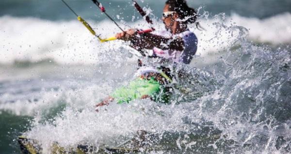 Kilyos Tırmata Balık & Beach Club'ta çift kişilik sezonluk giriş kartı 1.300 TL yerine 999 TL! Fırsatın geçerlilik tarihi için, DETAYLAR bölümünü inceleyiniz.