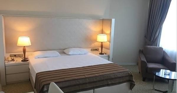 Kumburgaz Marin Princess Hotel'de kahvaltı dahil tek veya çift kişilik konaklama seçenekleri 263 TL'den başlayan fiyatlarla! Fırsatın geçerlilik tarihi için DETAYLAR bölümünü inceleyiniz.