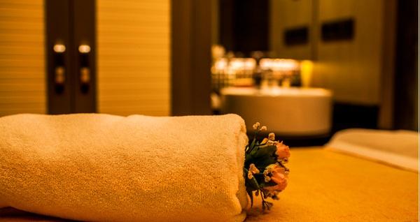 The City Suites Hotel Aura Spa'da spa kullanımı dahil masaj seçenekleri 89 TL'den başlayan fiyatlarla! Fırsatın geçerlilik tarihi için DETAYLAR bölümünü inceleyiniz.