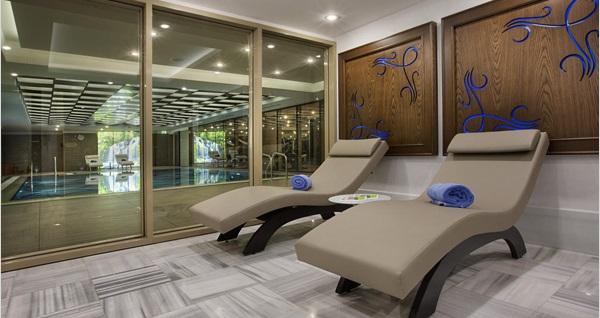 Avcılar Double Tree Hilton'da profesyonel Balili terapistler eşliğinde SPA kullanımı dahil 50 dakikalık masaj 380 TL yerine 189 TL! Fırsatın geçerlilik tarihi için DETAYLAR bölümünü inceleyiniz.