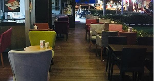 Bornova Aşk-ı Yudumla Cafe'de ev yapımı limonata eşliğinde serpme kahvaltı keyfi kişi başı 39 TL yerine 19,90 TL! Fırsatın geçerlilik tarihi için DETAYLAR bölümünü inceleyiniz.