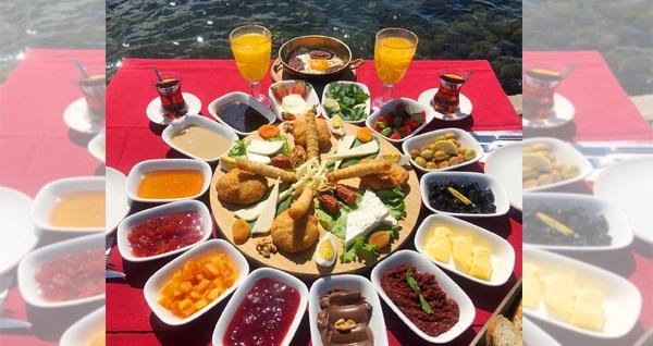 Urla Keyf-i Zen Restaurant'ta denize nazır enfes serpme kahvaltı keyfi kişi başı 49,90 TL yerine 29,90 TL! Fırsatın geçerlilik tarihi için DETAYLAR bölümünü inceleyiniz.