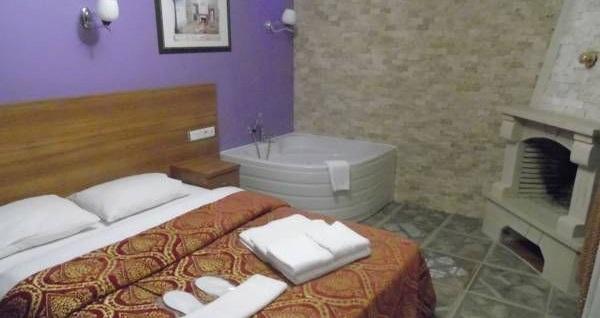 Villa Park Ağva'da farklı oda tiplerinde kahvaltı dahil çift kişilik 1 gece konaklama seçenekleri 169 TL'den başlayan fiyatlarla! Fırsatın geçerlilik tarihi için, DETAYLAR bölümünü inceleyiniz.