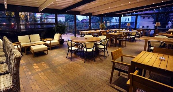 Gayrettepe Veyron Hotel'de birbirinden lezzetli çeşitleri ile açık büfe kahvaltı 30 TL! Fırsatın geçerlilik tarihi için DETAYLAR bölümünü inceleyiniz.