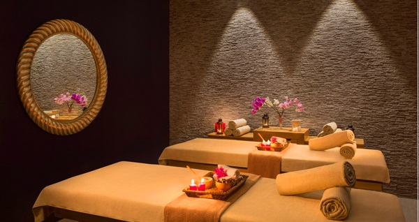 Nişantaşı Malika Spa'da ıslak alan kullanımı dahil masaj uygulamaları 29 TL'den başlayan fiyatlarla! Fırsatın geçerlilik tarihi için DETAYLAR bölümünü inceleyiniz.